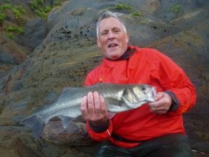 Bass fishing exclusive fishing